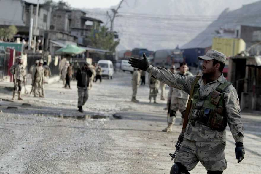 Attacco in Afghanistan, 20 poliziotti morti