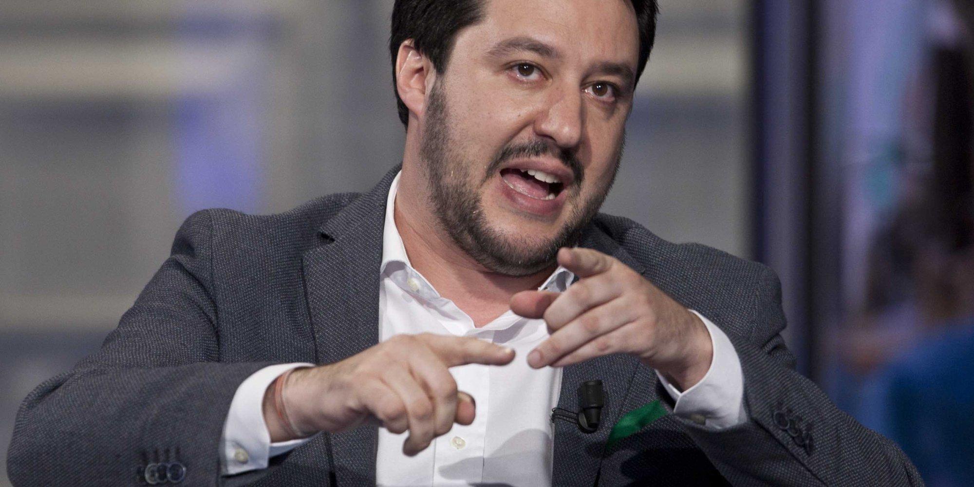 Matteo Salvini su immigrazione: difenderei le acque territoriali