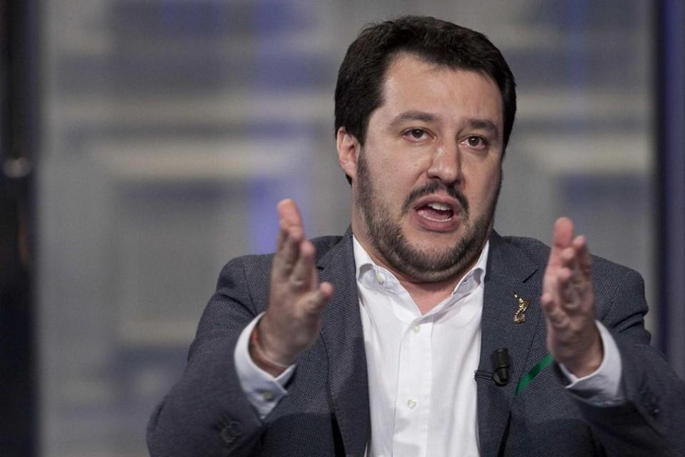 Salvini e Lega pronti a occupare le strutture per gli immigrati