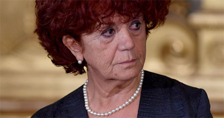 Valeria Fedeli, è polemica sulla laurea: tutto sul botta e risposta