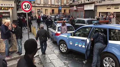 Napoli. Sparatoria nel mercato della Maddalena tra i feriti una bimba